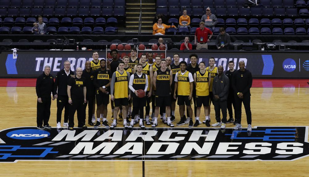 The Iowa Hawkeyes during press availability and practice before the first round of the 2019 NCAA Men's Basketball Tournament Thursday, March 21, 2019 at Nationwide Arena in Columbus, Ohio. (Brian Ray/hawkeyesports.com)
