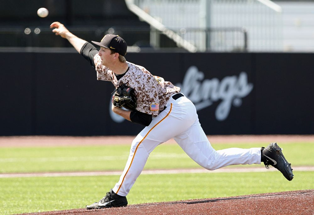 Iowa Hawkeyes pitcher Duncan Davitt (44) delivers to the plate during the fifth inning of their game against UC Irvine at Duane Banks Field in Iowa City on Sunday, May. 5, 2019. (Stephen Mally/hawkeyesports.com)