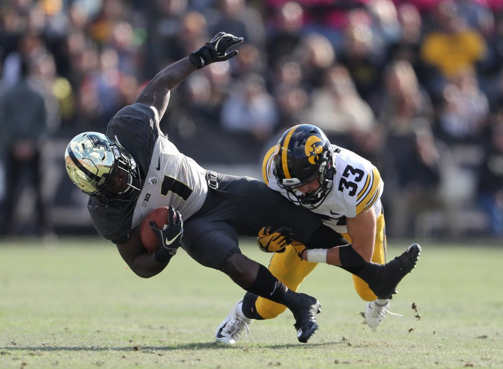 Iowa Hawkeyes defensive back Riley Moss (33) against the Purdue Boilermakers Saturday, November 3, 2018 Ross Ade Stadium in West Lafayette, Ind. (Brian Ray/hawkeyesports.com)