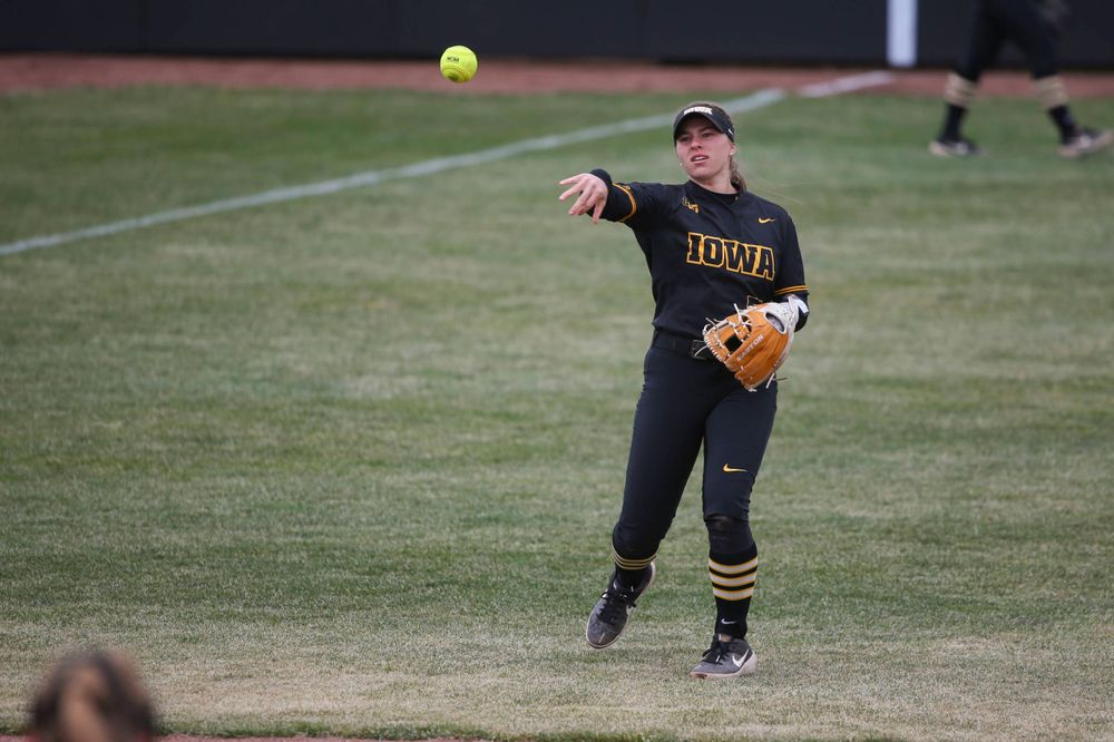 Iowa infielder Sydney Owens (5) at game 2 vs Northwestern on Saturday, March 30, 2019 at Bob Pearl Field. (Lily Smith/hawkeyesports.com)