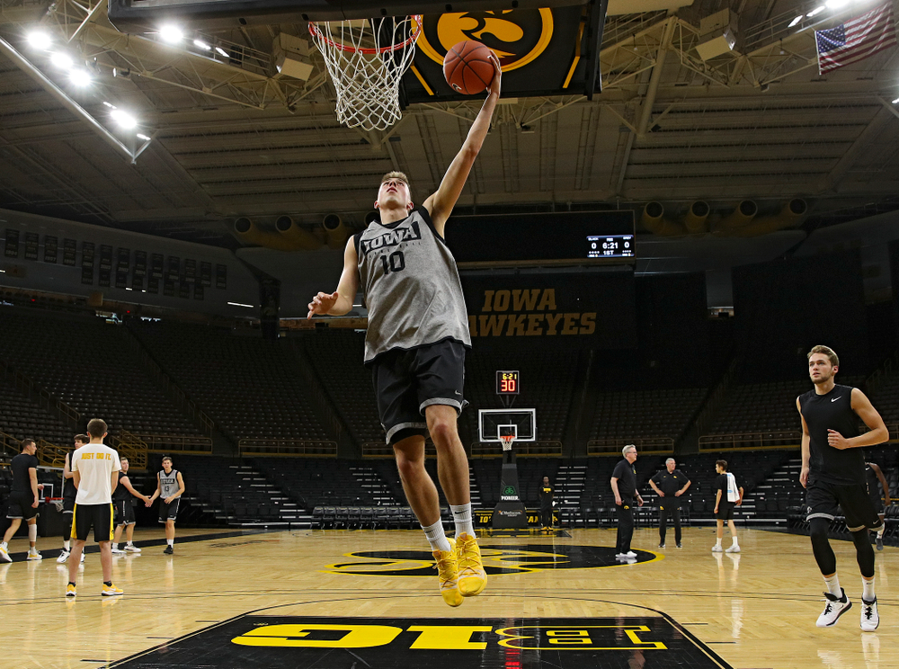 Iowa Hawkeyes guard Joe Wieskamp (10) makes a basket during practice at Carver-Hawkeye Arena in Iowa City on Wednesday, Oct 9, 2019. (Stephen Mally/hawkeyesports.com)
