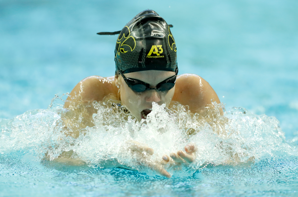 Shea Hoyt competes in the 200 yard breaststroke