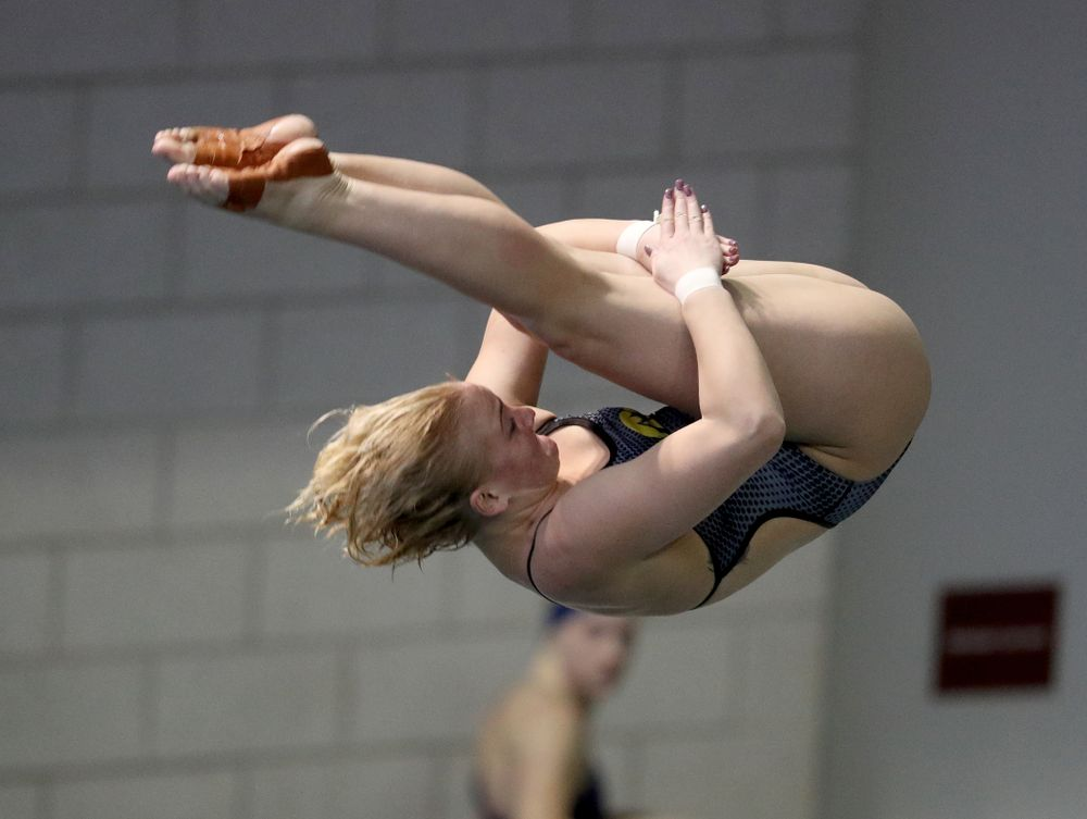 IowaÕs Thelma Strandberg competes on the 3 meter springboard against Notre Dame and Illinois Saturday, January 11, 2020 at the Campus Recreation and Wellness Center.  (Brian Ray/hawkeyesports.com)