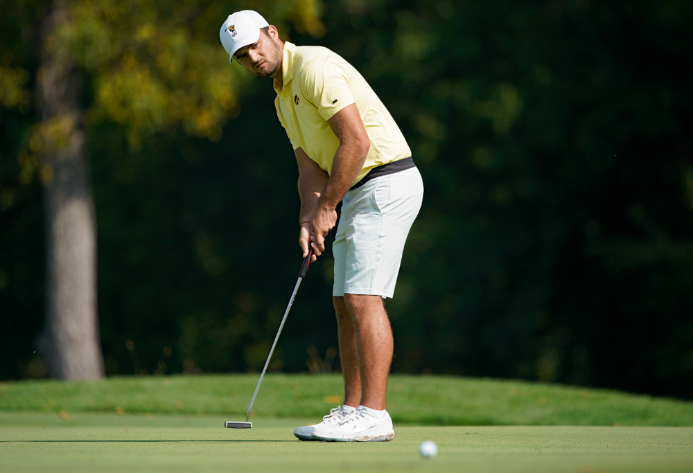 Iowa's Gonzalo Leal putts during the third day of the Golfweek Conference Challenge at the Cedar Rapids Country Club in Cedar Rapids on Tuesday, Sep 17, 2019. (Stephen Mally/hawkeyesports.com)