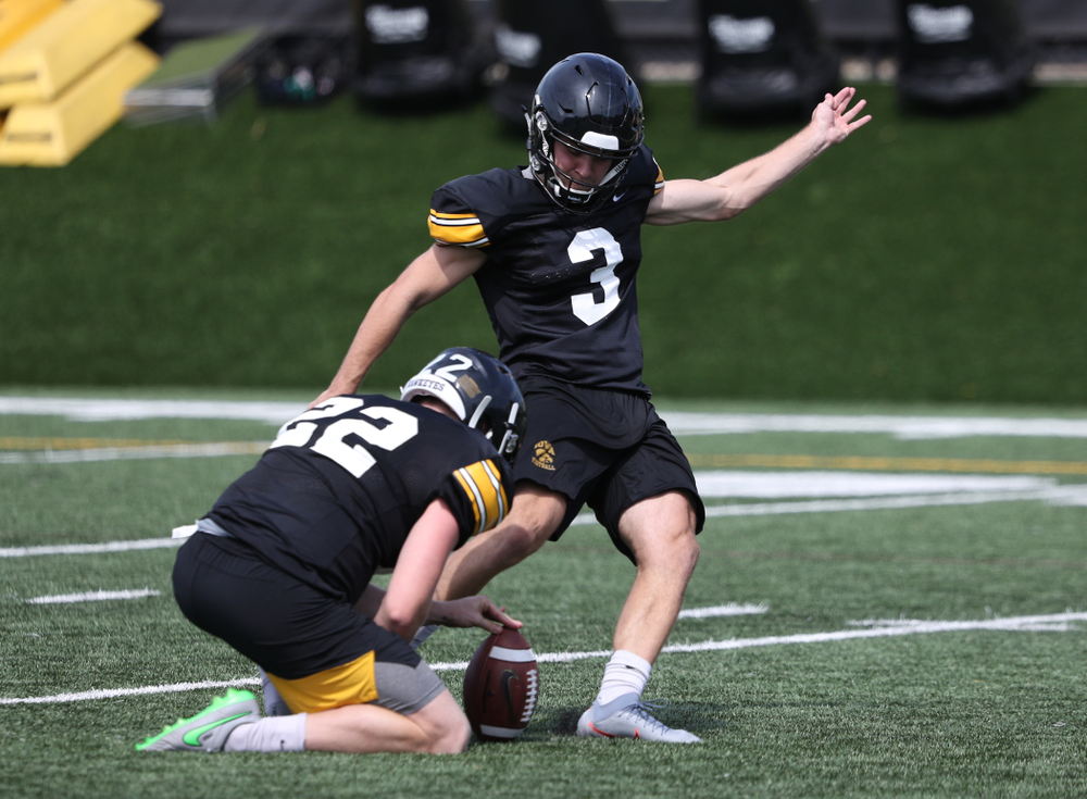 Iowa Hawkeyes place kicker Keith Duncan (3) during Fall Camp Practice No. 4 Monday, August 5, 2019 at the Ronald D. and Margaret L. Kenyon Football Practice Facility. (Brian Ray/hawkeyesports.com)