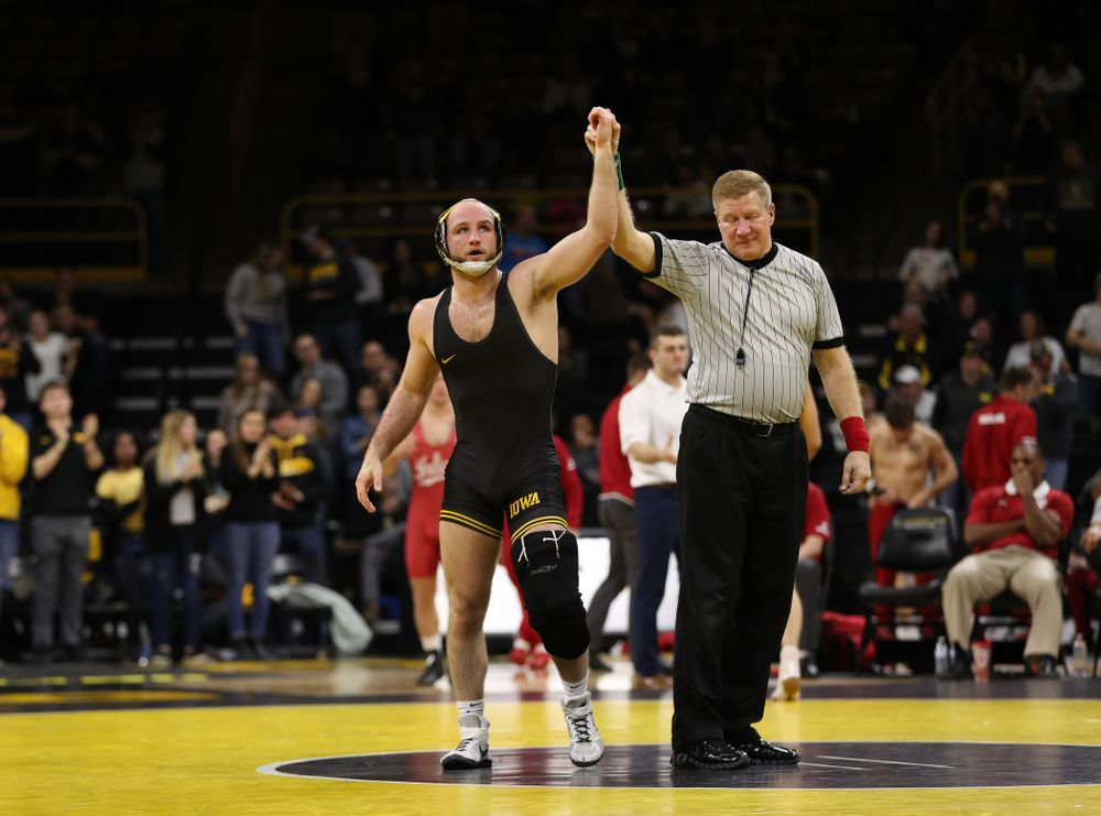 Iowa's Alex Marinelli wrestles Indiana's Dillon Hoey at 165 pounds Friday, February 15, 2019 at Carver-Hawkeye Arena. (Brian Ray/hawkeyesports.com)