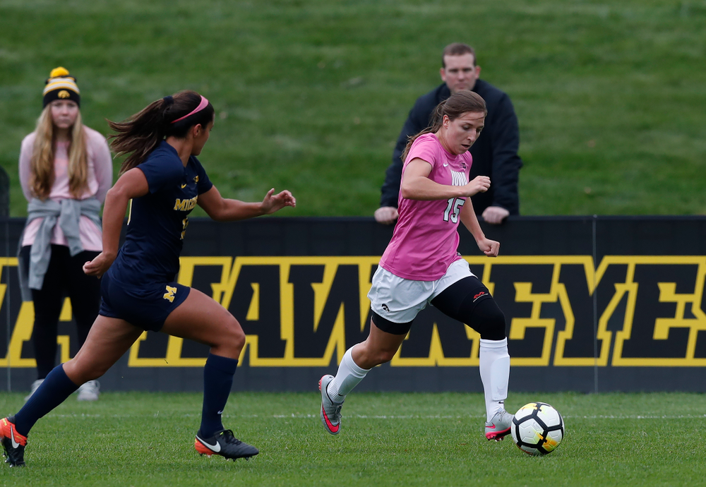 Iowa Hawkeyes Rose Ripslinger (15) against Michigan Sunday, October 14, 2018 at the Iowa Soccer Complex. (Brian Ray/hawkeyesports.com)