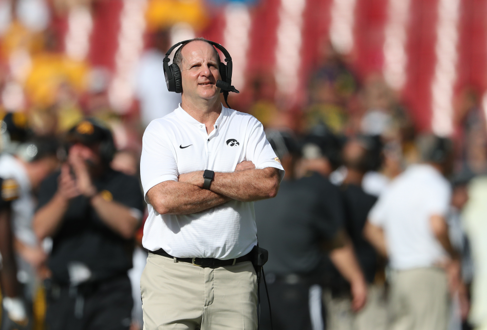 Iowa Hawkeyes defensive coordinator Phil Parker during the Outback Bowl Tuesday, January 1, 2019 at Raymond James Stadium in Tampa, FL. (Brian Ray/hawkeyesports.com)
