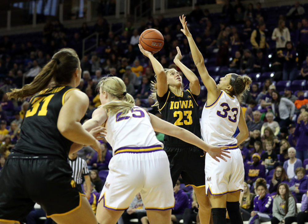 Iowa Hawkeyes Logan Cook (23) against Northern Iowa Sunday, November 17, 2019 at the McLeod Center. (Brian Ray/hawkeyesports.com)