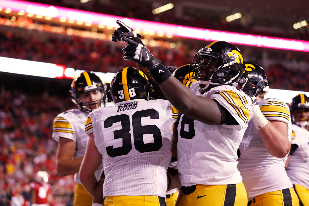 Iowa Hawkeyes offensive lineman James Daniels (78)