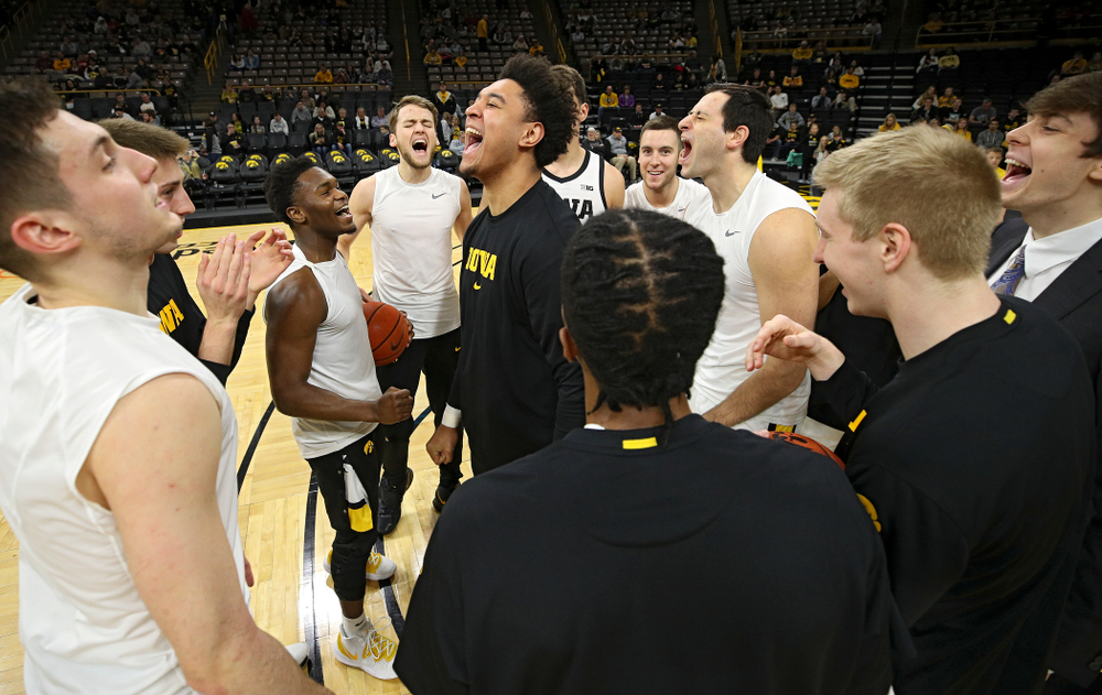Iowa Hawkeyes forward Cordell Pemsl (35) gets pumped up with his teammates before the game at Carver-Hawkeye Arena in Iowa City on Sunday, December 29, 2019. (Stephen Mally/hawkeyesports.com)