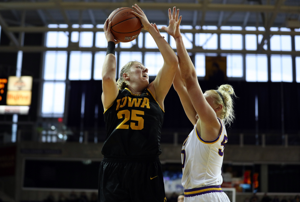 Iowa Hawkeyes forward/center Monika Czinano (25) against Northern Iowa Sunday, November 17, 2019 at the McLeod Center. (Brian Ray/hawkeyesports.com)