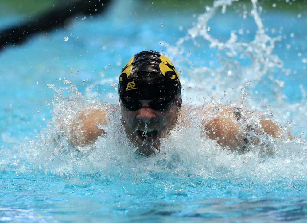 Iowa's Tanner Nelson swims the 200 yard Individual Medley Thursday, November 15, 2018 during the 2018 Hawkeye Invitational at the Campus Recreation and Wellness Center. (Brian Ray/hawkeyesports.com)