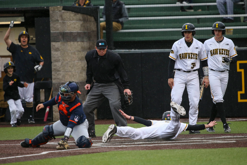 Iowa outfielder Ben Norman (9) at game 1 vs Illinois on Friday, March 29, 2019 at Duane Banks Field. (Lily Smith/hawkeyesports.com)