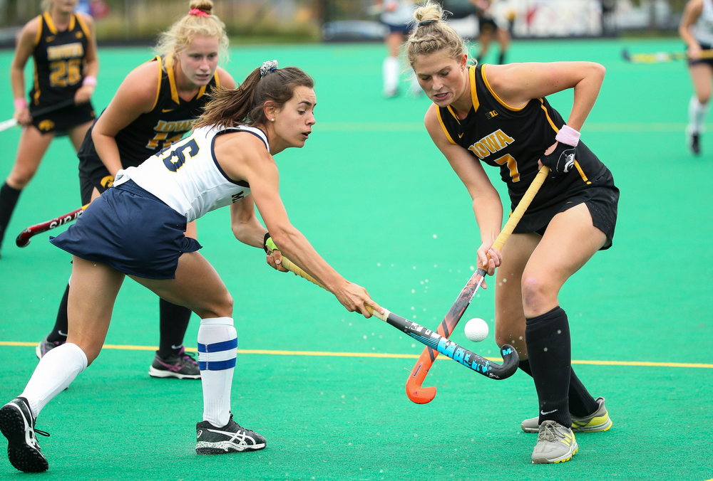 Iowa Hawkeyes midfielder Ellie Holley (7) fights for possession during a game against Michigan at Grant Field on October 5, 2018. (Tork Mason/hawkeyesports.com)