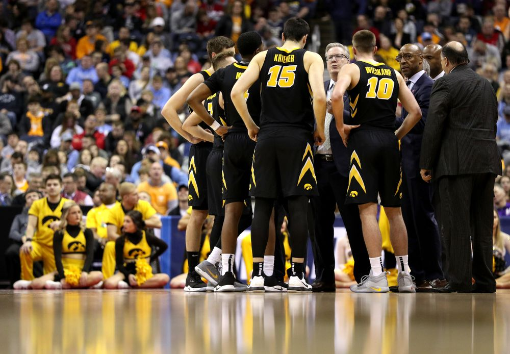 Iowa Hawkeyes head coach Fran McCaffery against the Tennessee Volunteers in the second round of the 2019 NCAA Men's Basketball Tournament Sunday, March 24, 2019 at Nationwide Arena in Columbus, Ohio. (Brian Ray/hawkeyesports.com)