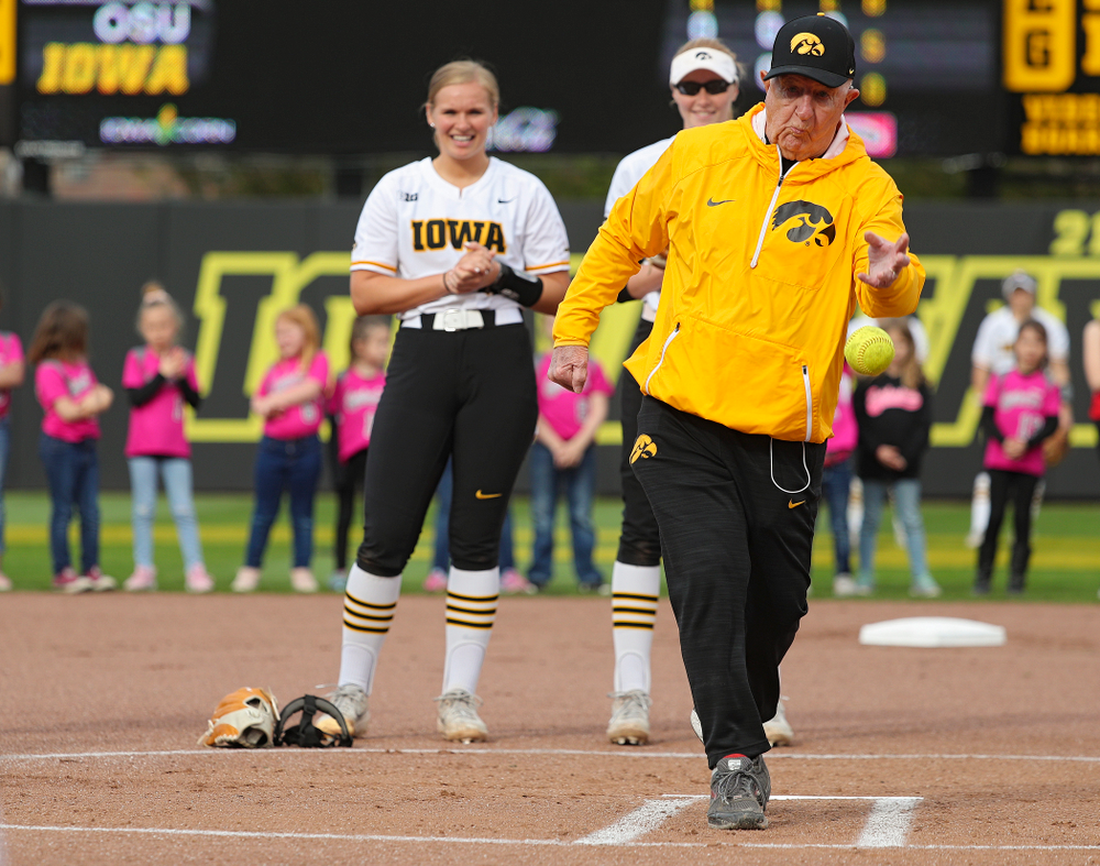 Paul Luers, the father of Iowa head coach Renee Gillispie, throws out the first pitch before the game against Ohio State at Pearl Field in Iowa City on Friday, May. 3, 2019. (Stephen Mally/hawkeyesports.com)