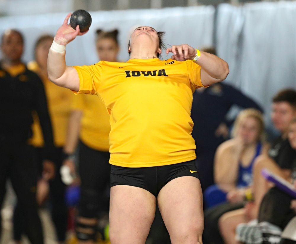 Iowa's Jamie Kofron competes in the women's shot put event at the Black and Gold Invite at the Recreation Building in Iowa City on Saturday, February 1, 2020. (Stephen Mally/hawkeyesports.com)
