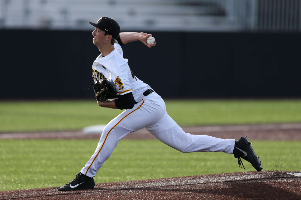 Iowa pitcher Duncan Davitt at baseball vs Milwaukee on Tuesday, April 23, 2019 at Duane Banks Field. (Lily Smith/hawkeyesports.com)