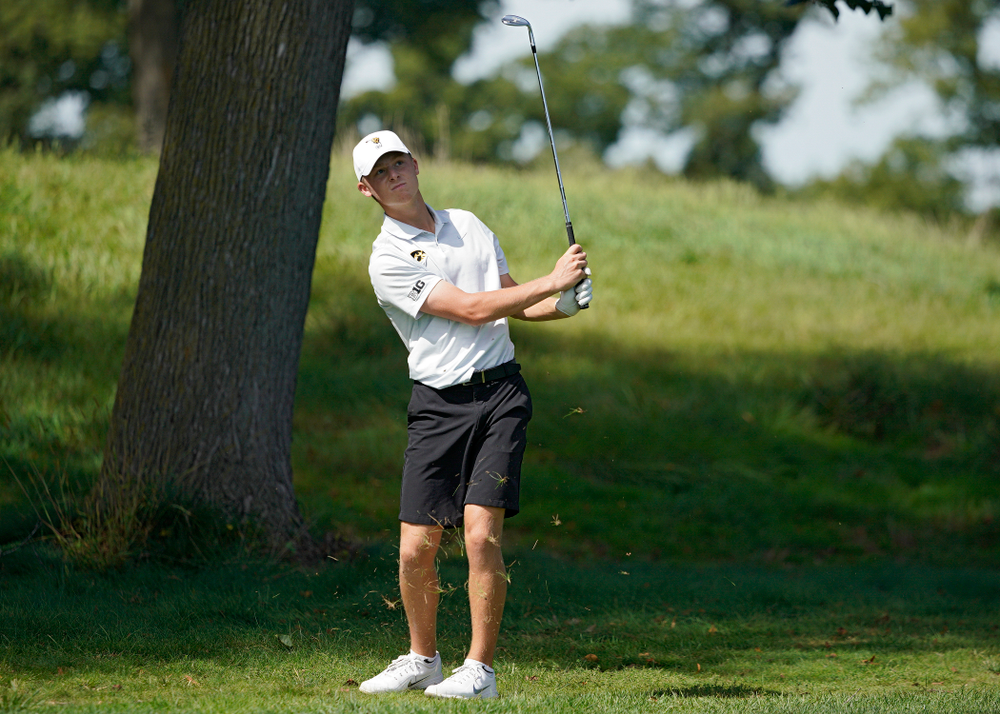 Iowa's Benton Weinberg drives a shot during the second day of the Golfweek Conference Challenge at the Cedar Rapids Country Club in Cedar Rapids on Monday, Sep 16, 2019. (Stephen Mally/hawkeyesports.com)