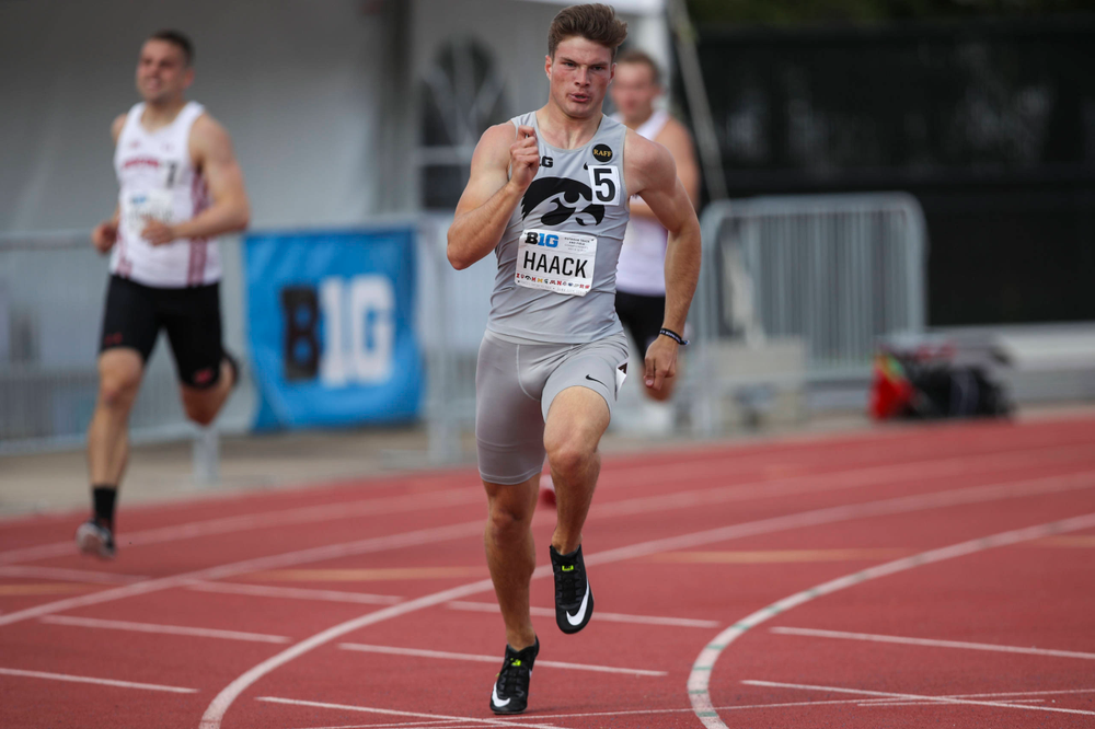 Iowa's Peyton Haack runs the men's 400-meter dash at the Big Ten Outdoor Track and Field Championships at Francis X. Cretzmeyer Track on Friday, May 10, 2019. (Lily Smith/hawkeyesports.com)