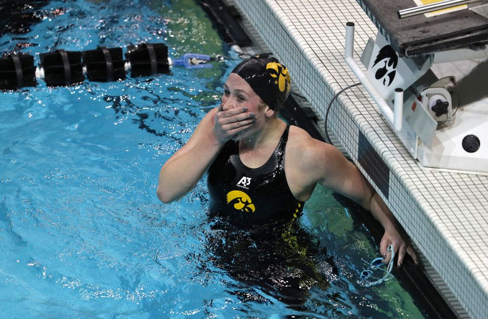Iowa's Abbey Schneider swims the 1000-yard freestyle against the Iowa State Cyclones in the Iowa Corn Cy-Hawk Series Friday, December 7, 2018 at at the Campus Recreation and Wellness Center. (Brian Ray/hawkeyesports.com)