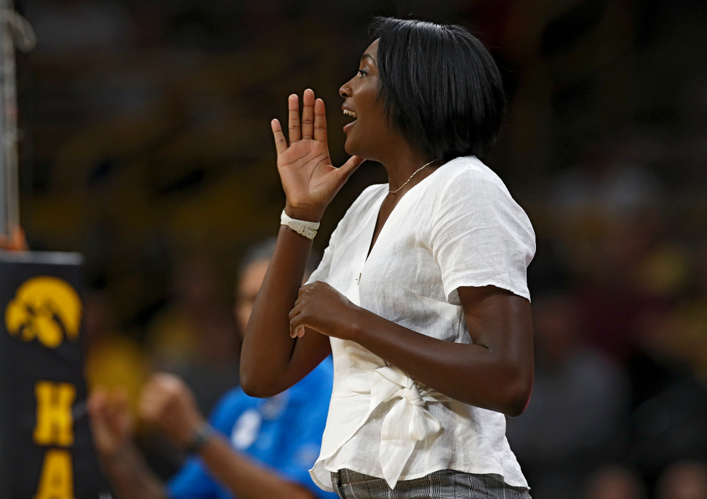Iowa interim head coach Vicki Brown shouts to her team during the first set of their Big Ten/Pac-12 Challenge match against Colorado at Carver-Hawkeye Arena in Iowa City on Friday, Sep 6, 2019. (Stephen Mally/hawkeyesports.com)