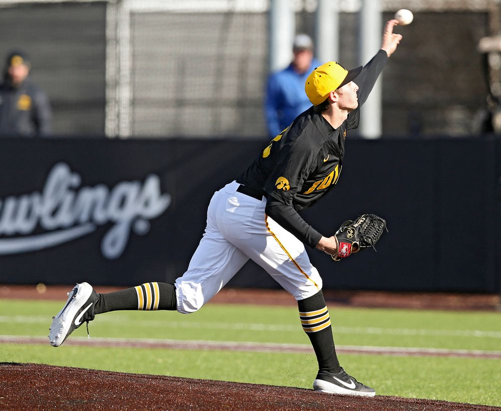 Iowa Hawkeyes pitcher Trenton Wallace (38) delivers to the plate for a strikeout during the ninth inning of their game against Illinois at Duane Banks Field in Iowa City on Saturday, Mar. 30, 2019. (Stephen Mally/hawkeyesports.com)