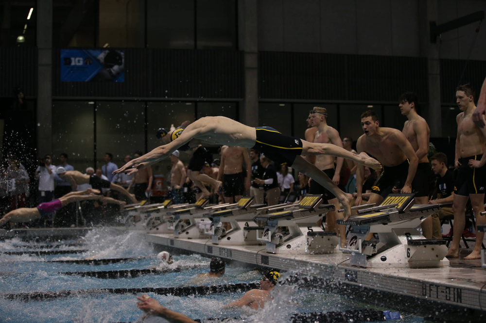 Iowa's A team competes at the 200-yard freestyle relay race  Friday, March 1, 2019 at the Campus Recreation and Wellness Center. (Lily Smith/hawkeyesports.com)