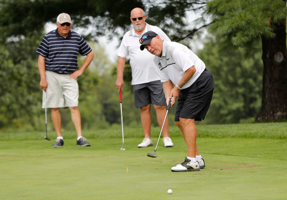 Jerry Strom at the 2018 Chris Street Memorial Golf Outing Monday, August 27, 2018 at Finkbine Golf Course. (Brian Ray/hawkeyesports.com)