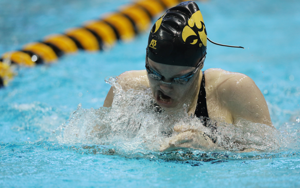Iowa's Lexi Horner swims the 200 yard Individual Medley Thursday, November 15, 2018 during the 2018 Hawkeye Invitational at the Campus Recreation and Wellness Center. (Brian Ray/hawkeyesports.com)