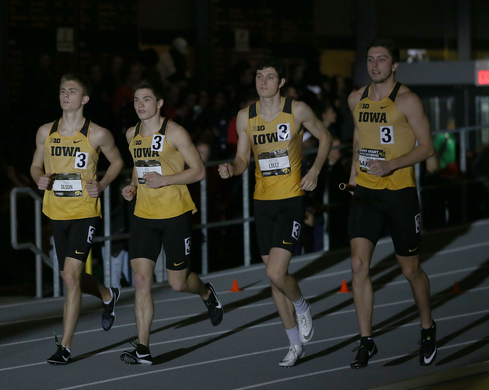Iowa men's 4x400 relay B  (Darren Miller/hawkeyesports.com)