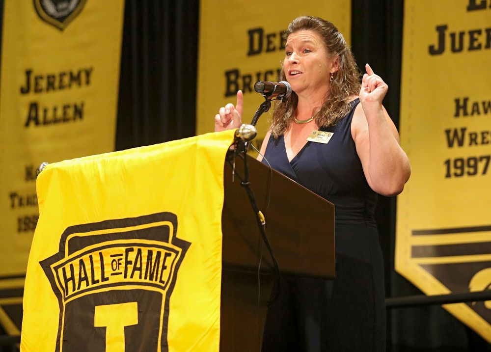 2019 University of Iowa Athletics Hall of Fame inductee Diane Pohl speaks during the Hall of Fame Induction Ceremony at the Coralville Marriott Hotel and Conference Center in Coralville on Friday, Aug 30, 2019. (Stephen Mally/hawkeyesports.com)