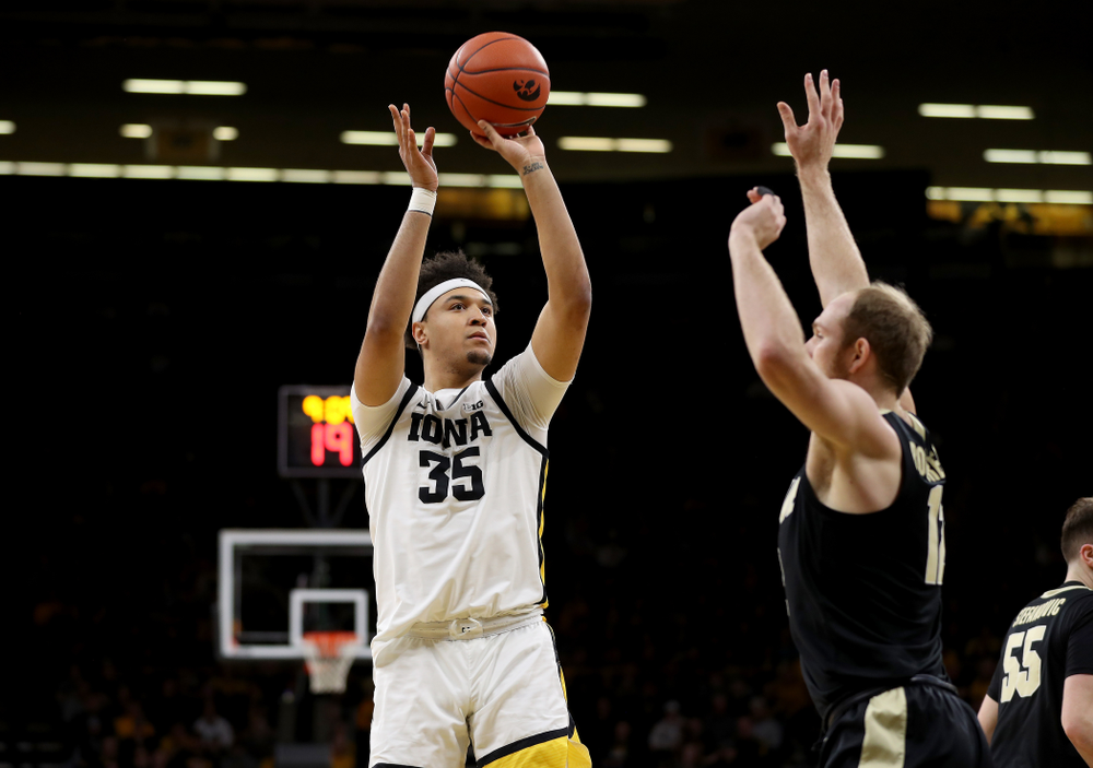 Iowa Hawkeyes forward Cordell Pemsl (35) against the Purdue Boilermakers Tuesday, March 3, 2020 at Carver-Hawkeye Arena. (Brian Ray/hawkeyesports.com)