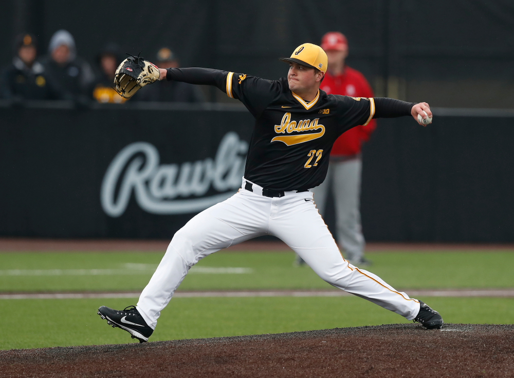 Iowa Hawkeyes pitcher Kole Kampen (22) against the Bradley Braves Wednesday, March 28, 2018 at Duane Banks Field. (Brian Ray/hawkeyesports.com)