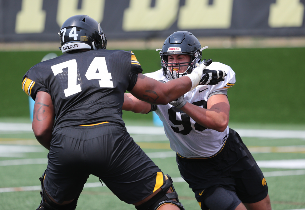 Iowa Hawkeyes defensive end Anthony Nelson (98) vs offensive lineman Tristan Wirfs (74) during the third practice of fall camp Sunday, August 5, 2018 at the Kenyon Football Practice Facility. (Brian Ray/hawkeyesports.com)