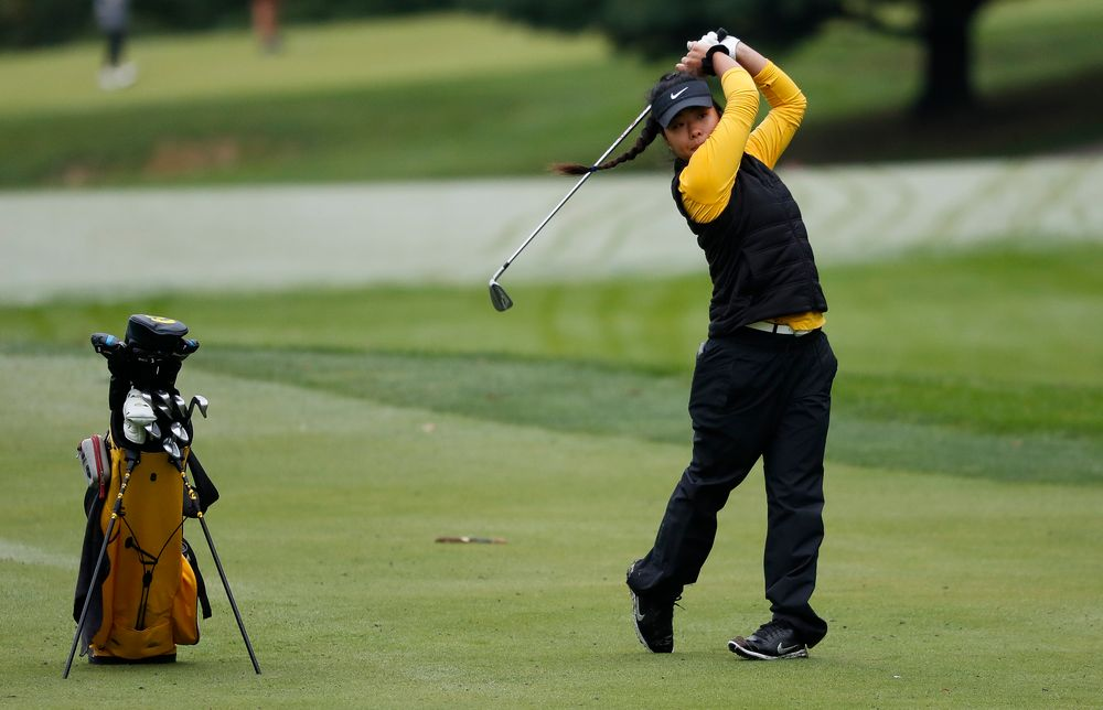 Iowa's Rachel Fujitani hits an approach shot during the Diane Thomason Invitational at Finkbine Golf Course on September 29, 2018. (Tork Mason/hawkeyesports.com)