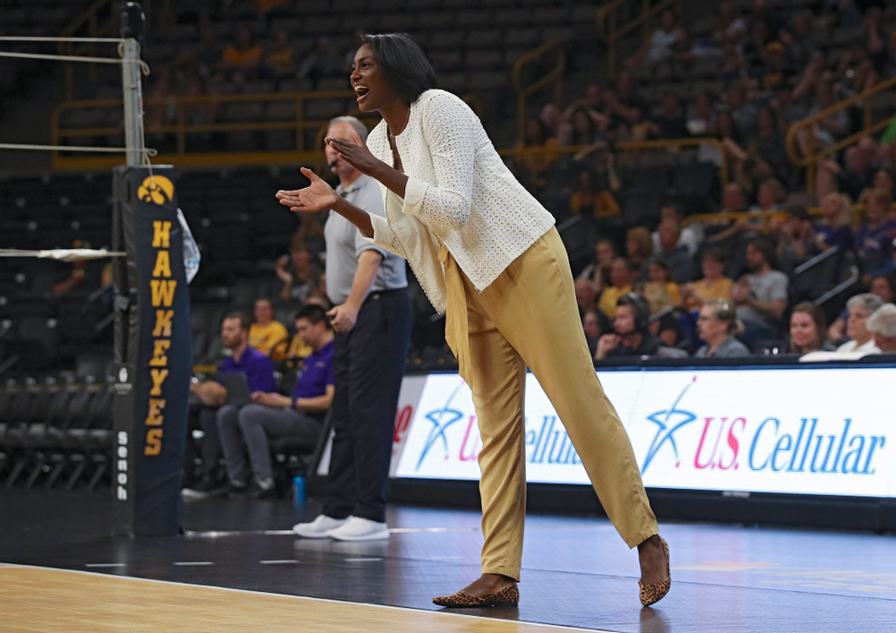 Iowa interim head coach Vicki Brown urges on her team during their Big Ten/Pac-12 Challenge match at Carver-Hawkeye Arena in Iowa City on Saturday, Sep 7, 2019. (Stephen Mally/hawkeyesports.com)