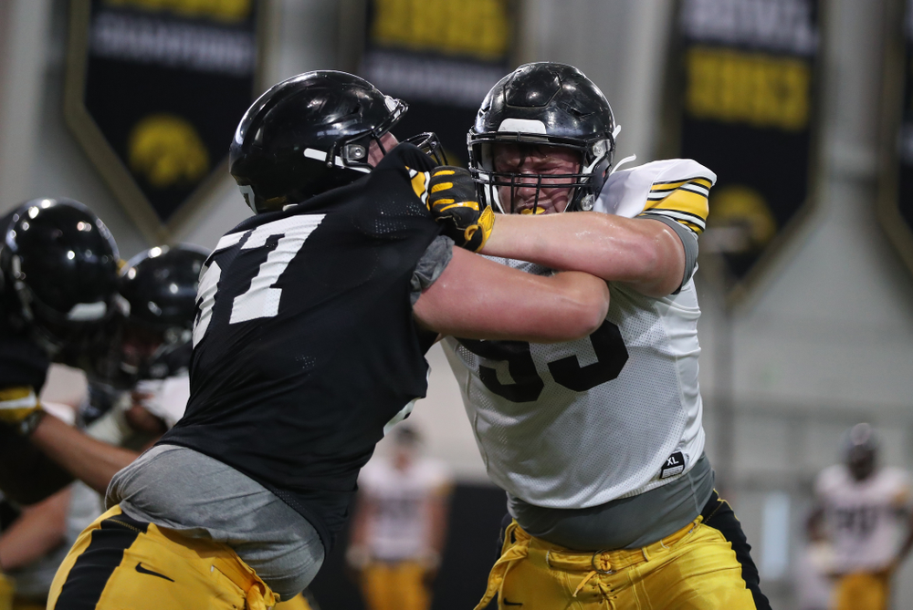 Iowa Hawkeyes defensive lineman Jake Karchinski (93)
