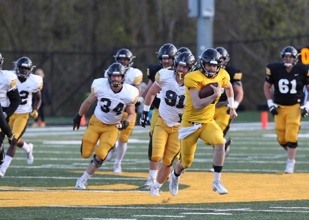 Iowa Hawkeyes quarterback Peyton Mansell (2) during the teamÕs final spring practice Friday, April 26, 2019 at the Kenyon Football Practice Facility. (Brian Ray/hawkeyesports.com)