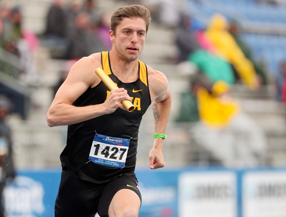 Iowa's Noah Larrison runs the men's 1600 meter relay event during the third day of the Drake Relays at Drake Stadium in Des Moines on Saturday, Apr. 27, 2019. (Stephen Mally/hawkeyesports.com)