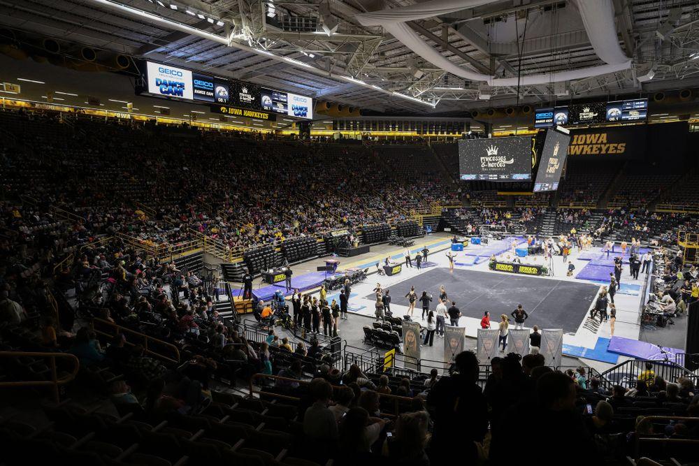 The Iowa Hawkeyes take on Illinois Saturday, February 16, 2019 at Carver-Hawkeye Arena. (Brian Ray/hawkeyesports.com)