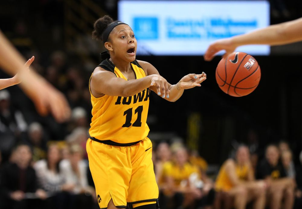 Iowa Hawkeyes guard Tania Davis (11) against the Robert Morris Colonials Sunday, December 2, 2018 at Carver-Hawkeye Arena. (Brian Ray/hawkeyesports.com)