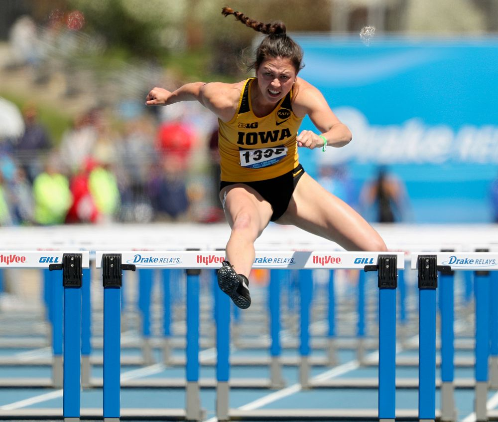 Iowa's Jenny Kimbro runs the women's 100 meter hurdles event during the second day of the Drake Relays at Drake Stadium in Des Moines on Friday, Apr. 26, 2019. (Stephen Mally/hawkeyesports.com)