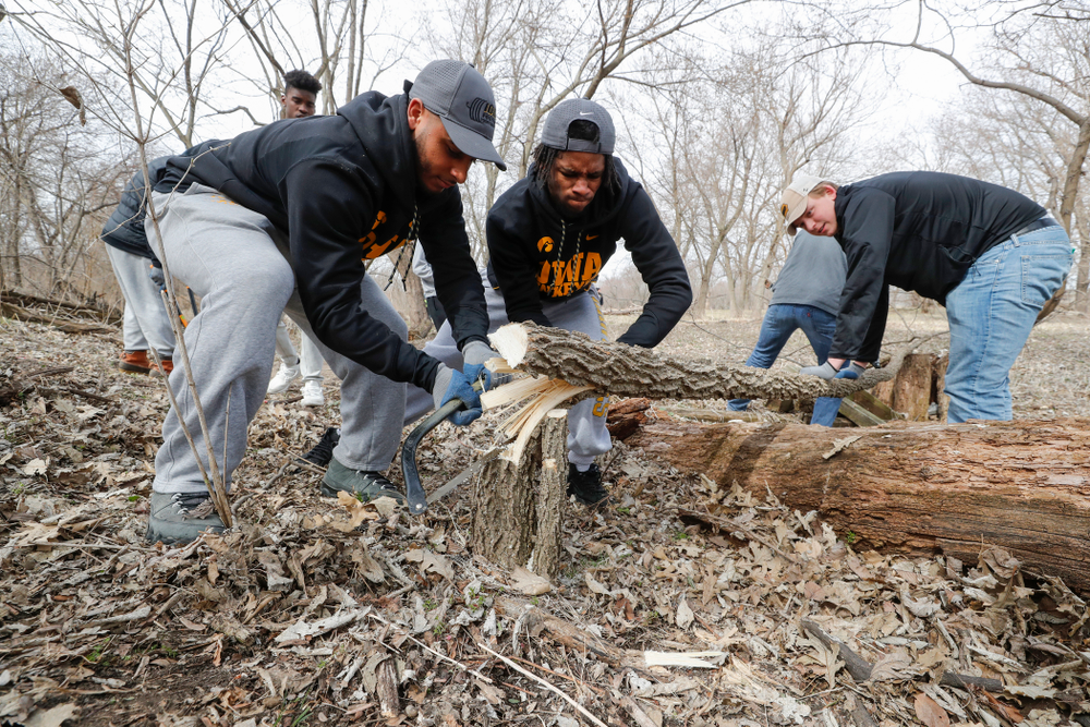 Hawkeye Football players volunteer during the Iowa Athletics Department's annual Day of Caring Sunday, April 22, 2018. (Brian Ray/hawkeyesports.com)