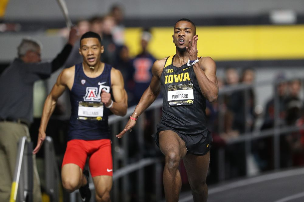 Iowa's Antonio Woodard runs the 200 meter premier during the 2019 Larry Wieczorek Invitational Friday, January 18, 2019 at the Hawkeye Tennis and Recreation Center. (Brian Ray/hawkeyesports.com)