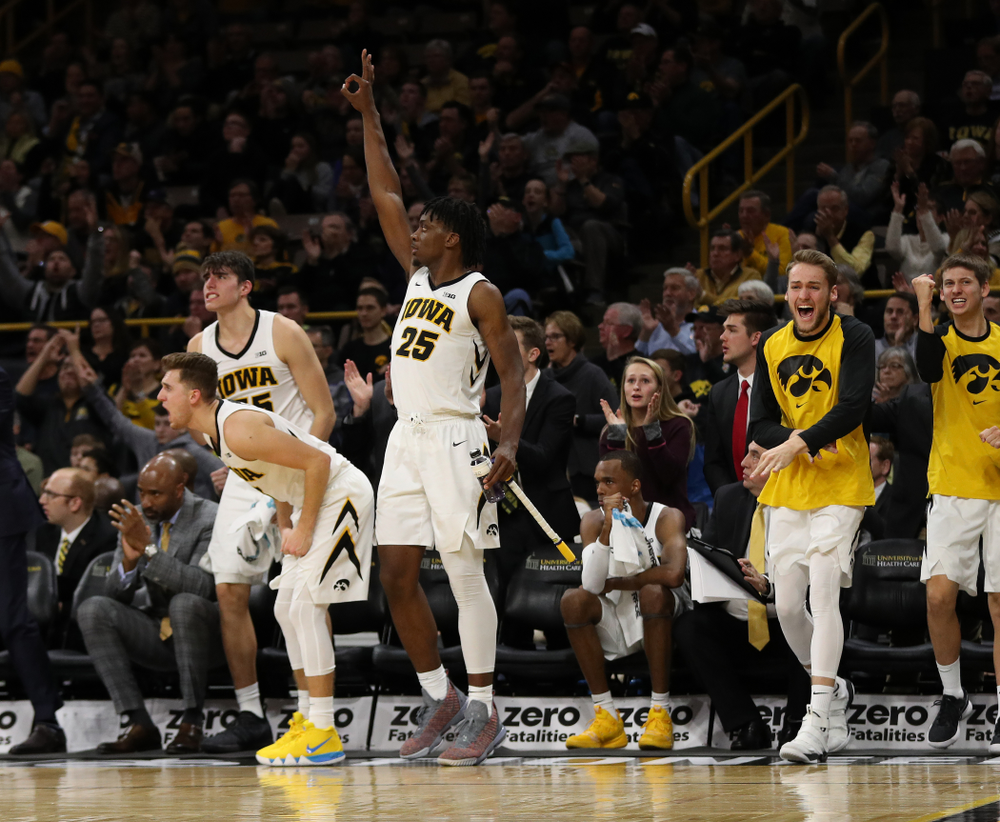 Iowa Hawkeyes forward Tyler Cook (25) against the Pitt Panthers Tuesday, November 27, 2018 at Carver-Hawkeye Arena. (Brian Ray/hawkeyesports.com)