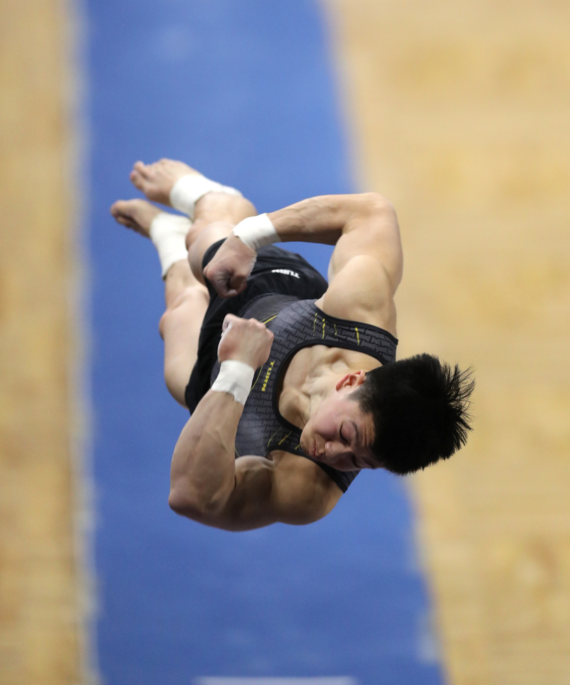 Iowa's Bennet Huang competes on the vault against Oklahoma Saturday, February 9, 2019 at Carver-Hawkeye Arena. (Brian Ray/hawkeyesports.com)