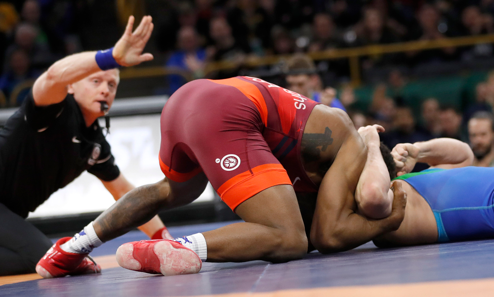 Jordan Burroughs with a fall