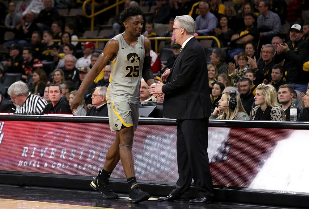 Iowa Hawkeyes forward Tyler Cook (25) and head coach Fran McCaffery against the Nebraska Cornhuskers Sunday, January 6, 2019 at Carver-Hawkeye Arena. (Brian Ray/hawkeyesports.com)